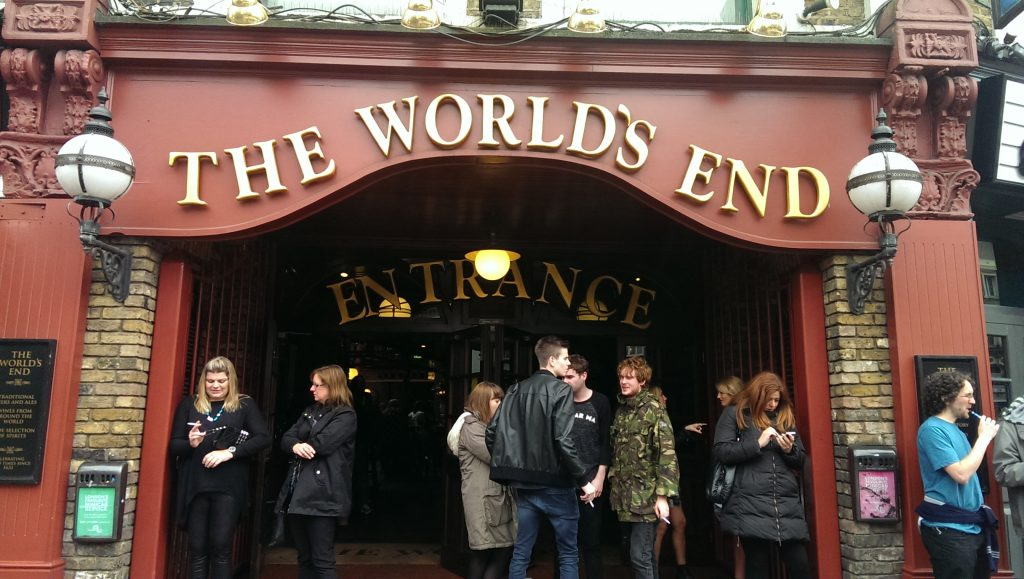 Camden Town - The World's End Pub - Entrée