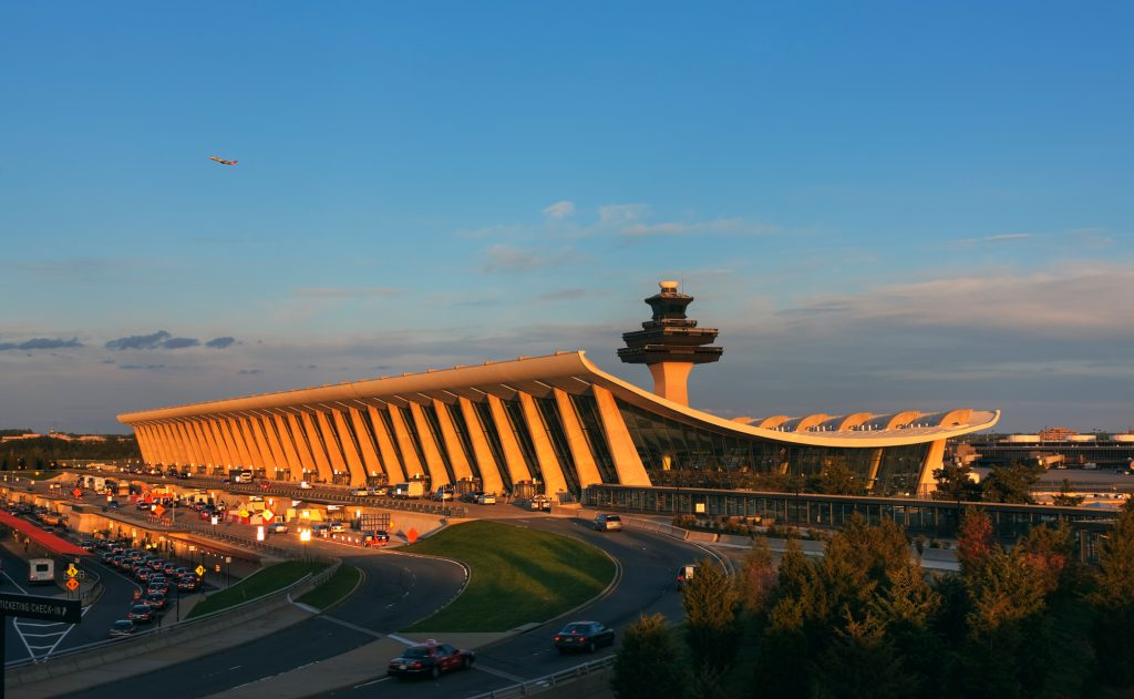 Dulles Airport Expansion, Chantilly VA, SOM, Architect; 2010JG07.517